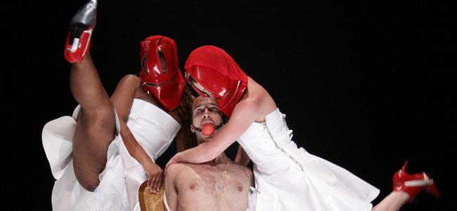 Taantearo-Maquina-Hamlet-Fisted.jpg